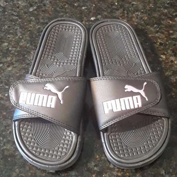 64cae698d85a Puma NWT pink glitter velcro slide sandals sz 6